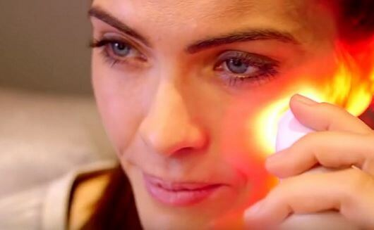 red light face treatment
